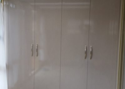 first-choice-wardrobes-hinge-doors-02