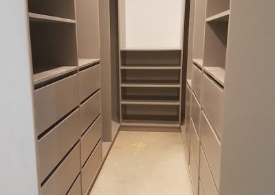 first-choice-wardrobes-walk-in-wardrobe-11