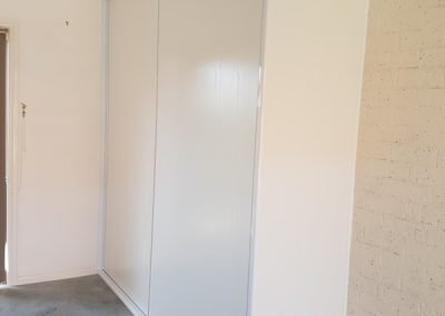 first-choice-wardrobes-garage-04