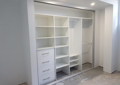 first-choice-wardrobes-wardrobe-internals-10