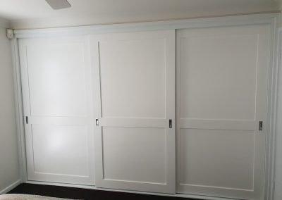 custom-sliding-door-wardrobe