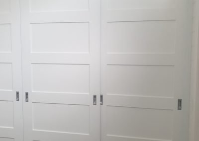 white-sliding-door-wardrobe